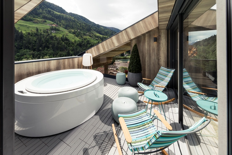 Quellenhof in South Tyrol reopens: 5-star wellness and taste