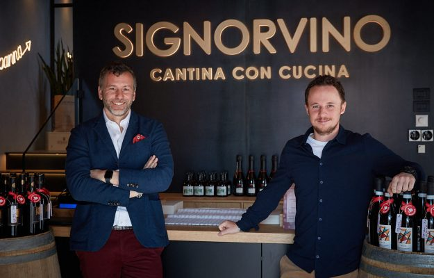 """Signorvino inaugurates store n.  22 in Rome, in Piazza Barberini.  """"The future is away from home"""""""