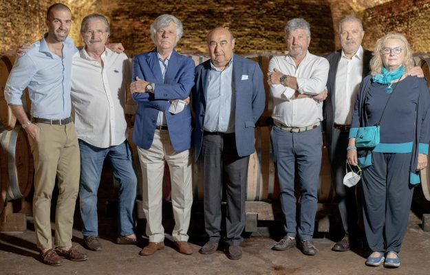 Wine and acquisitions between Langhe and Monferrato: the historic Coppo Cellars enter the Dosio Group