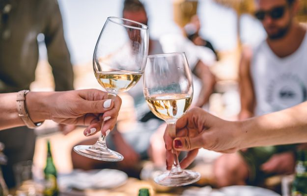 Italian wine flies to the top 12 buyer countries: + 7.1% in the first half of 2021